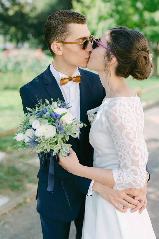 Baiser des mariés mariage impérial palace annecy - Quentin Weber Photographe de mariage Annecy Geneve Haute-Savoie